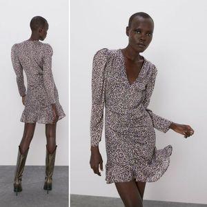 NWT Zara Gathered Printed Dress
